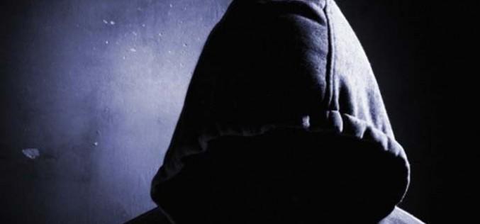 ΠΡΩΤΟΦΑΝΕΣ ΣΚΑΝΔΑΛΟ: ΚΑΘΗΜΕΡΙΝΕΣ ΕΠΑΦΕΣ ΣΥΓΚΕΚΡΙΜΕΝΩΝ ΣΧΟΛΑΡΧΩΝ ΜΕ ΕΚΠΡΟΣΩΠΟΥΣ ΤΗΣ ΤΡΟΪΚΑ!