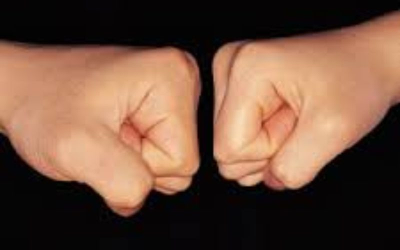 ΣΤΟ ΠΛΕΥΡΟ ΤΩΝ ΑΝΑΠΛΗΡΩΤΩΝ Η ΟΙΕΛΕ: ΜΑΖΙ ΣΤΟΝ ΑΓΩΝΑ ΓΙΑ ΕΡΓΑΣΙΑΚΗ ΑΞΙΟΠΡΕΠΕΙΑ ΚΑΙ ΙΣΑ ΔΙΚΑΙΩΜΑΤΑ ΓΙΑ ΟΛΟΥΣ ΤΟΥΣ ΕΚΠΑΙΔΕΥΤΙΚΟΥΣ