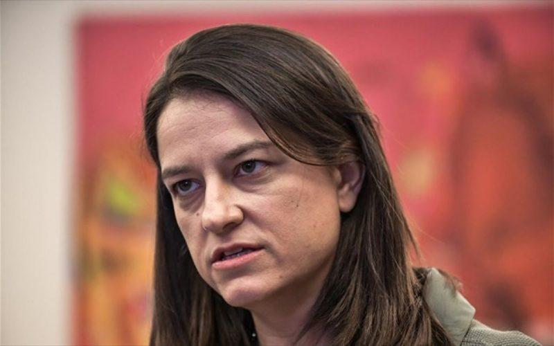 Μπάχαλο: Αρνείται η κ. Κεραμέως να υπογράψει εφαρμοστικές εγκυκλίους του νόμου της, ακατανόητη καθυστέρηση με τις εκπαιδευτικές άδειες!