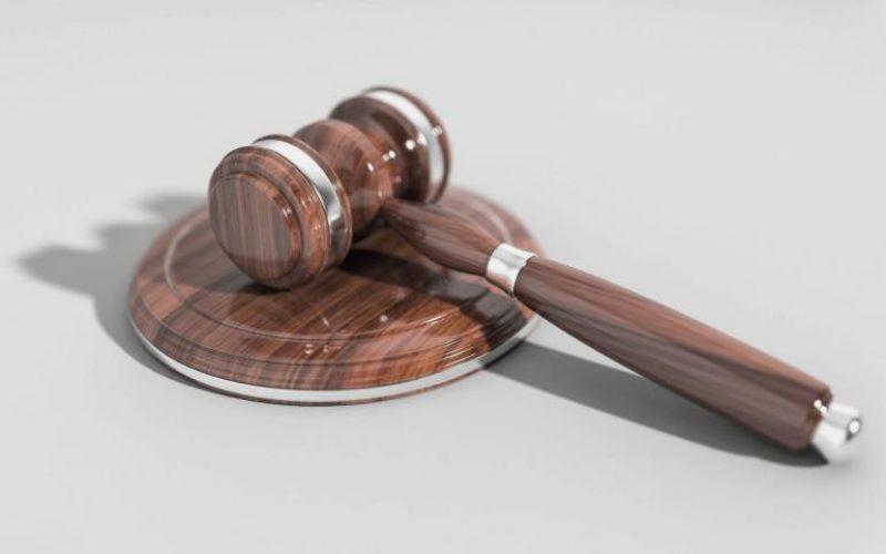 Σε νομική ενέργεια κατά όσων ευθύνονται για την πολύμηνη καθυστέρηση αποδοχών των μητέρων-ιδιωτικών εκπαιδευτικών προσανατολίζεται η ΟΙΕΛΕ – Απαράδεκτη δήλωση της Προϊσταμένης Εκκαθάρισης Αποδοχών Ιδιωτικών Εκπαιδευτικών: «Εσείς ανήκετε στο Υπουργείο Εργασίας»!